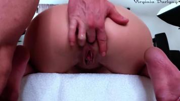 Anális orgazmus: Egy tini segglyuka széterőszakolva