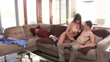 Szexi anyuci és a tini srác találkozása